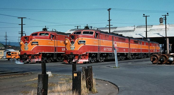 Alco PA units in espees Daylight colors.jpg (973×531)