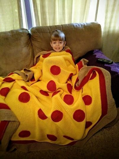 Love pizza? Wrap yourself up in this amazingly delicious pizza blanket! Can be…                                                                                                                                                                                 More