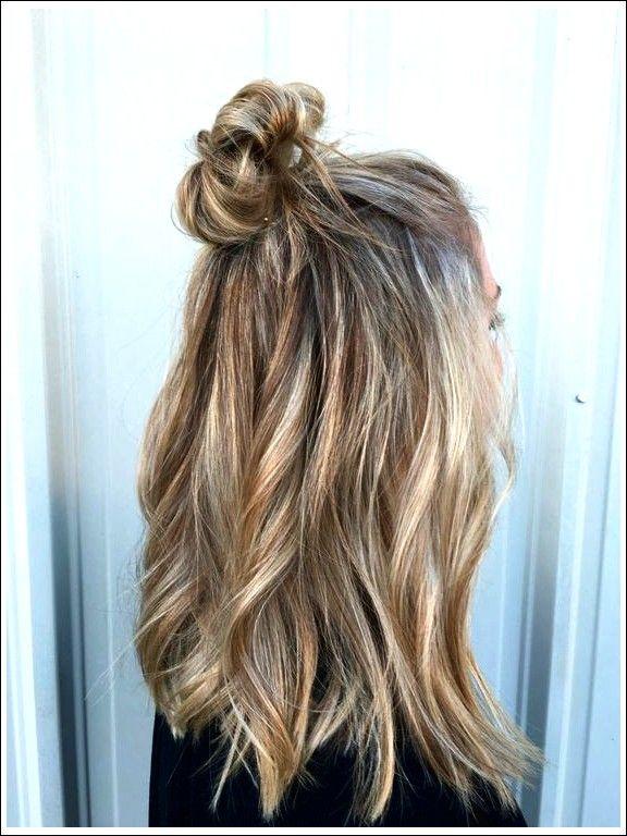 20 Lustige Brotchen Knoten Fur Den Sommer Beste Frisuren Hochzeitsfrisuren Kurze Haare Schnelle Frisuren Frisuren Offene Haare