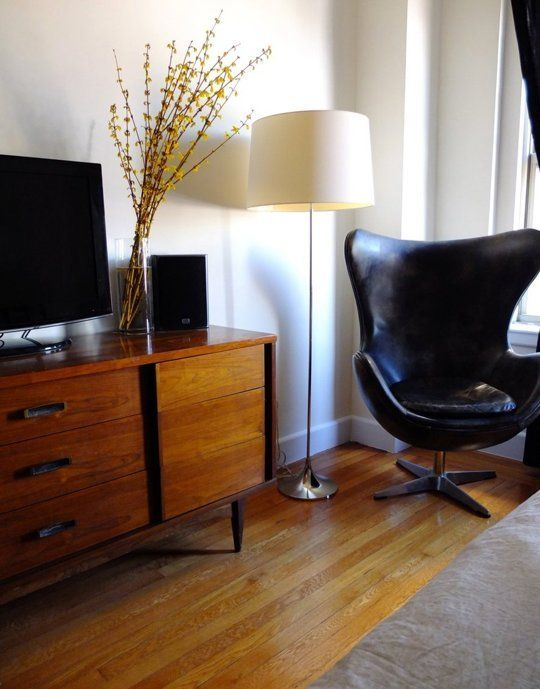 A West Village Modern Makeover Full of Affordable Furniture Finds | Apartment Therapy