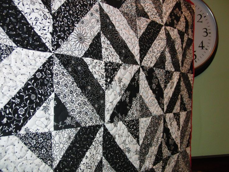 17 Best images about Black and White quilt designs on Pinterest White quilts, Patterns and ...