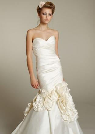 Appliques Roses Bridal Gown