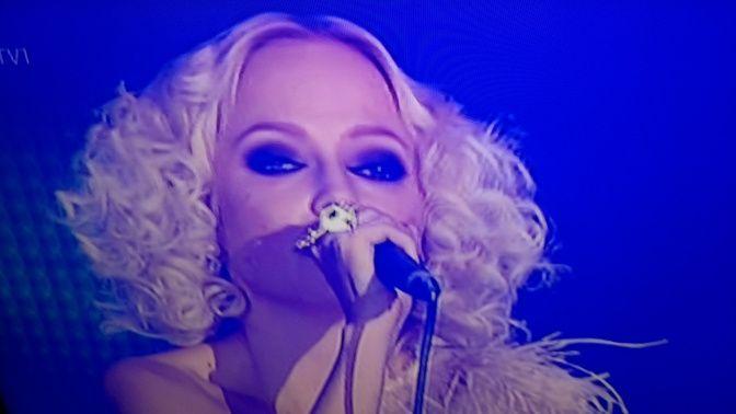 NEWS TV1 NEW MUSIC. Sing,LOVELY. CHISU Tallent Musican, Singer-songwriter, producter. YLE.fi facebook.chisuofficial.com ENJOY&Like. SMILE