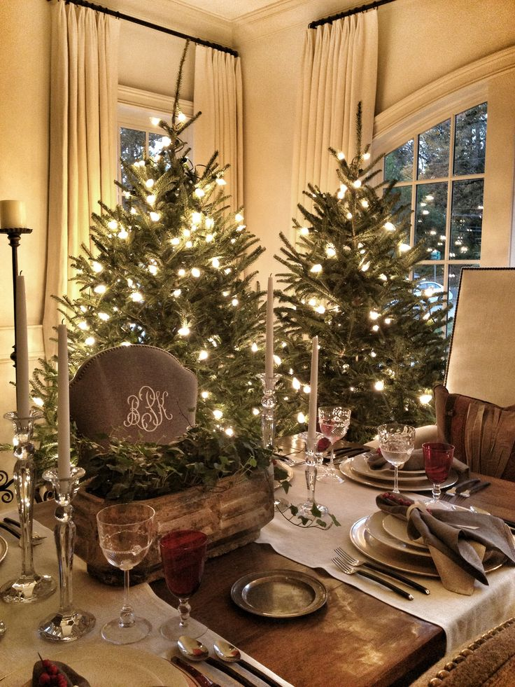 Christmas Decor Tablescape Atlanta Home For The Holidays Christmas Decor Tabletops More