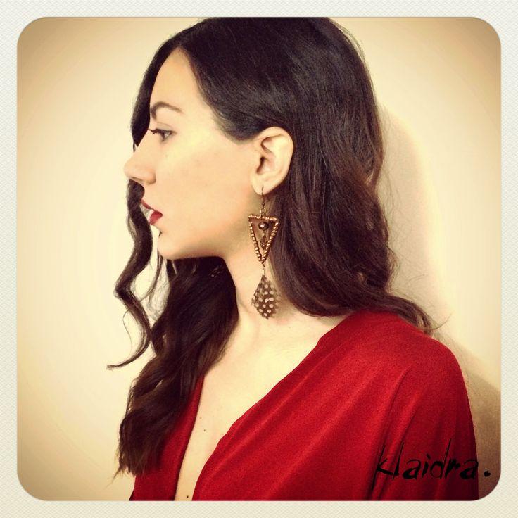 Is it the weekend yet?!  Klaidra *triangle* feather earrings✨ #klaidra #earrings #feathers #bohemian #ethnic #gypsy #sparkle #fw15 #triangle #beaded #jewelry #greekdesigners #handmade #klaidrajewelry #tgif #almostweekend #lettheweekendbegin