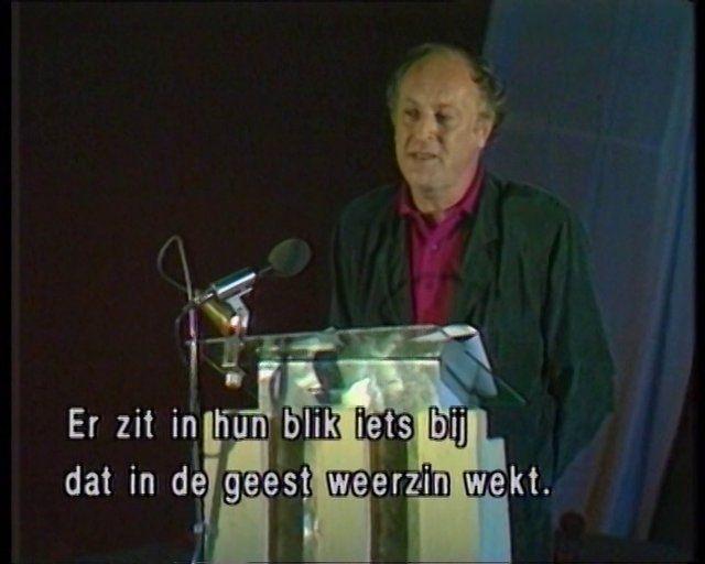 "Poetry International, Rotterdam 1989 Joseph Brodsky reads: ""Nature Morte"" (subtitled in dutch)"