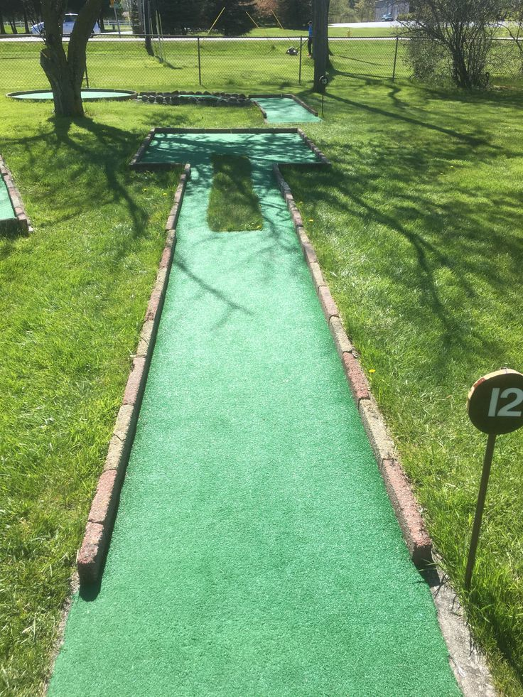 Review written by Mister Mini Golf Ranking: Bogey Cost: $4 Baehmann's is a family owned Golf Center that has a driving range, 9 hole course, foot golf course and of course mini golf. I …