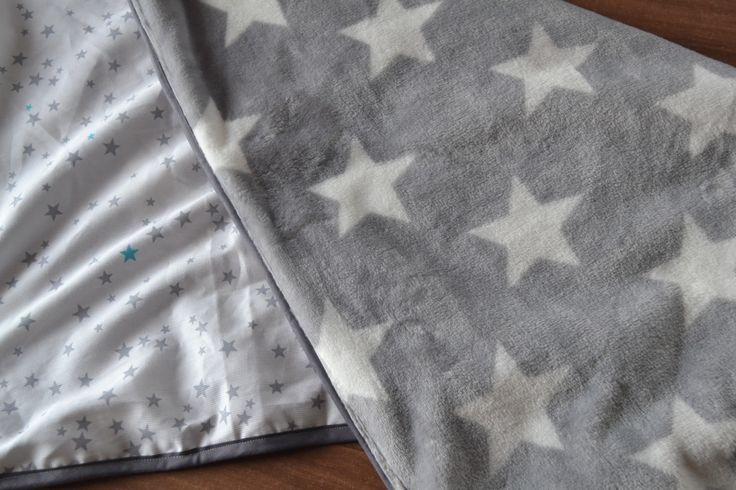 Couverture bébé étoile,frais port offert : Puériculture par frip-ouilles