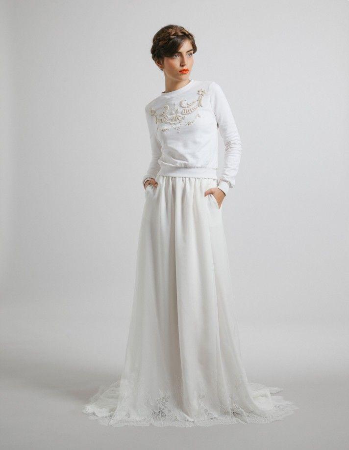 Trouver une robe de mariée adaptée à la fois à ses goûts et au froid  hivernal, impossible ? Faux. Découvrez en images toutes les nouveautés des.