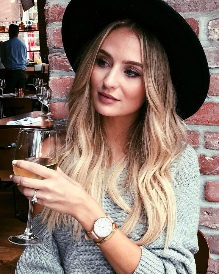 Lauren Bushnell is apparently far from moved on from her relationship with former The Bachelor star Ben Higgins. #TheBachelor #Bachelor
