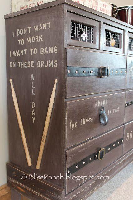 Bliss Ranch: Long Live Rock Teen Boys Dresser