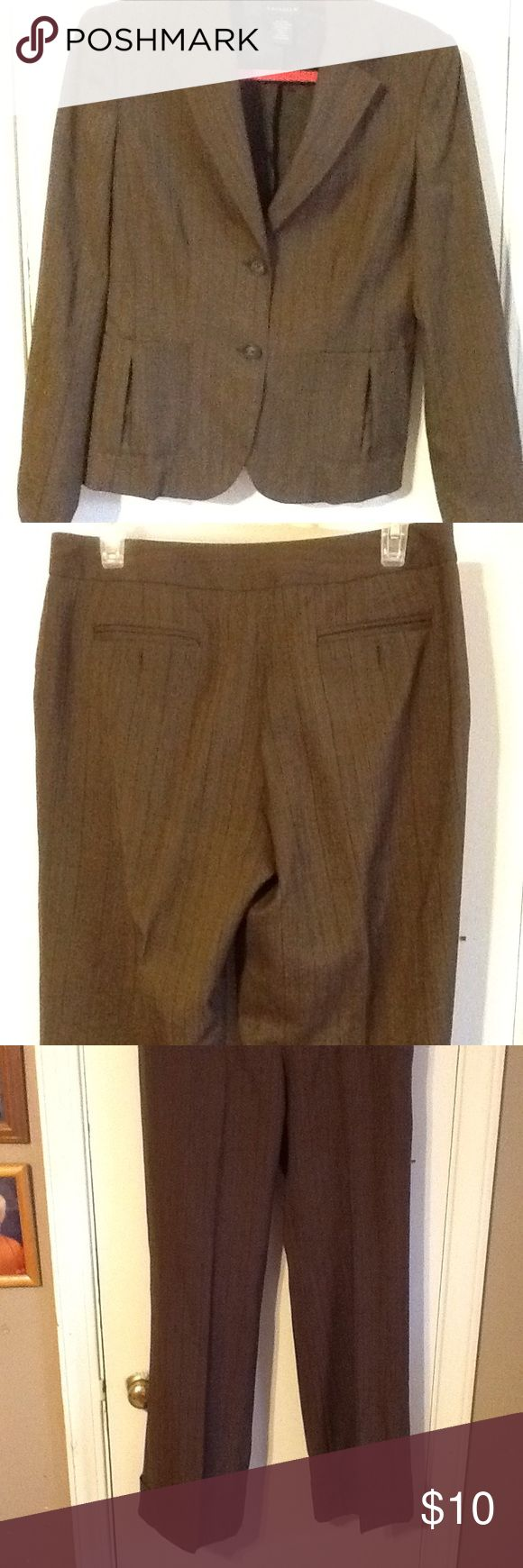 2 pc pant suit by Rafaella size 6 Lined pant suit brown pinstriped cuffed leg wool polyester spandex in very good condition Rafaella Pants Trousers