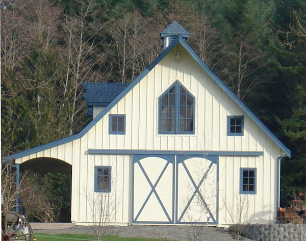 Small barn plans small barn plans with loft western for Traditional barn kits