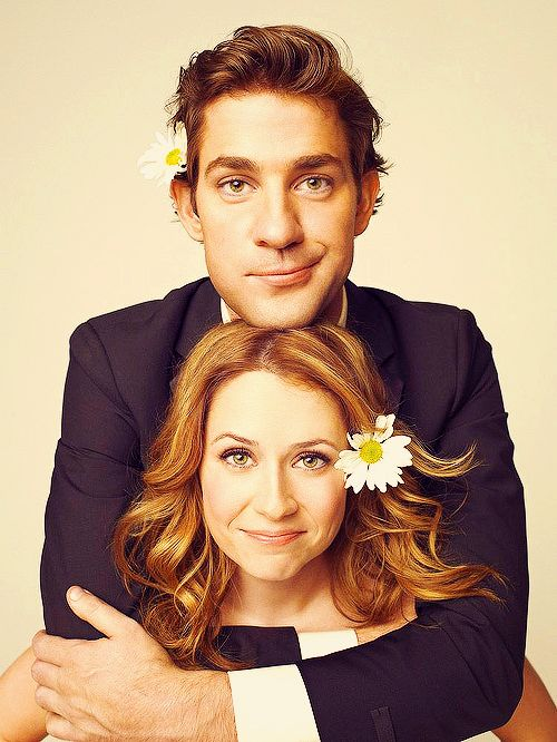 John Krasinski and Jenna Fischer on The Office US: arguably my favourite on-screen couple.   Cute photo shoot!