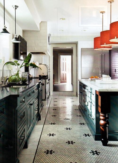 beautiful kitchen ♥ - my floor!