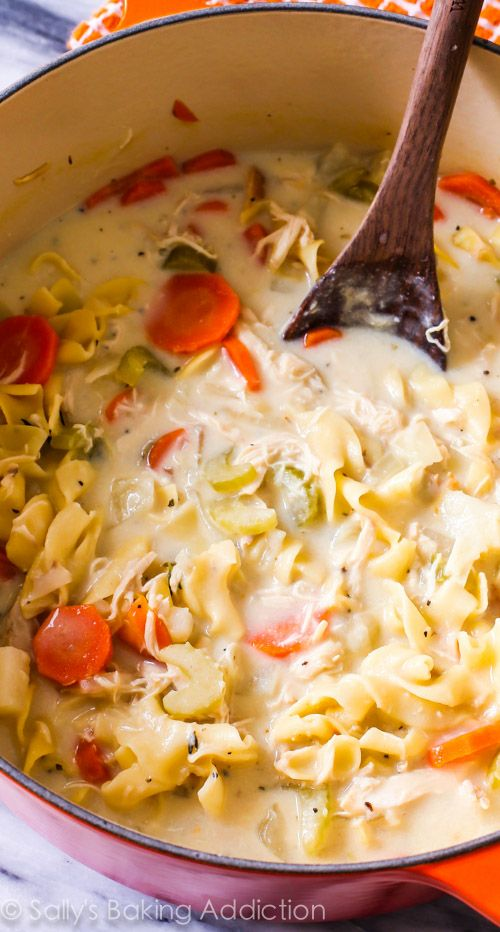 Only 200 calories in this hearty, comforting soup! Creamy Chicken Noodle Soup is my favorite (chicken dinner recipe) @sallybakeblog