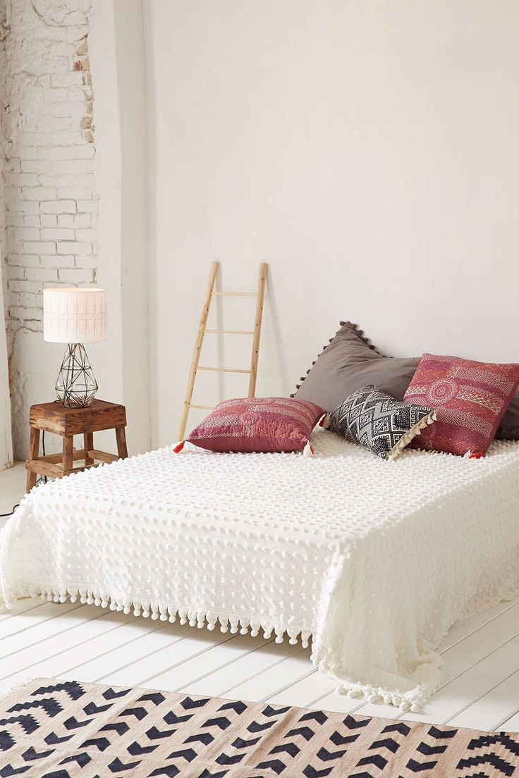 Tufted Dot Coverlet - Urban Outfitters