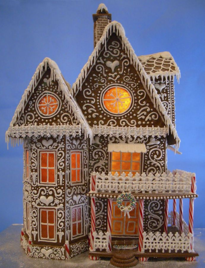 The detail is gorgeous on this house. Winter Wonderland Gingerbread House Template. House stands 21 inches tall and over 15 inches wide. goodiesbyanna.typepad.com