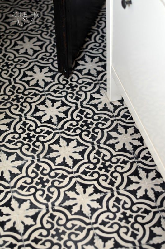 agnetha.home: MAROCCAN FLOOR IN MY HALLWAY