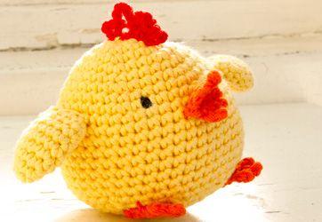 Denne buttede kylling er slet ikke til at stå for - perfekt påskepynt eller legetøj til de mindste