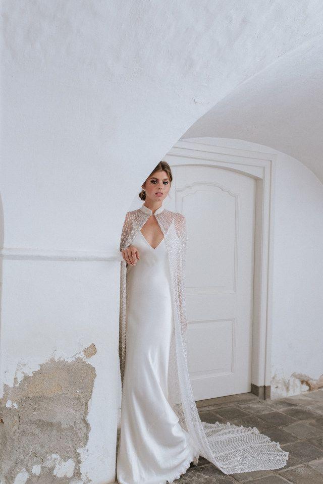 Credit: Marilyn Bartman Photography - bruid, huwelijk (ritueel), mode, hoofddeksel, jurk, vrouw, bruids, portret, een, toga, volk, betoverend, elegant