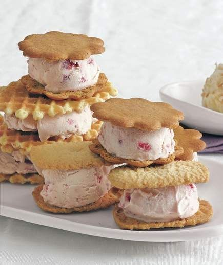 Strawberry Ice Cream Sandwiches | Hosting a backyard barbecue? These recipes for warm-weather desserts will ensure your cookout ends on a sweet note.