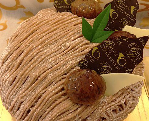 モンブランのホールケーキ「 ブルージュの丘」(横浜市港南区)