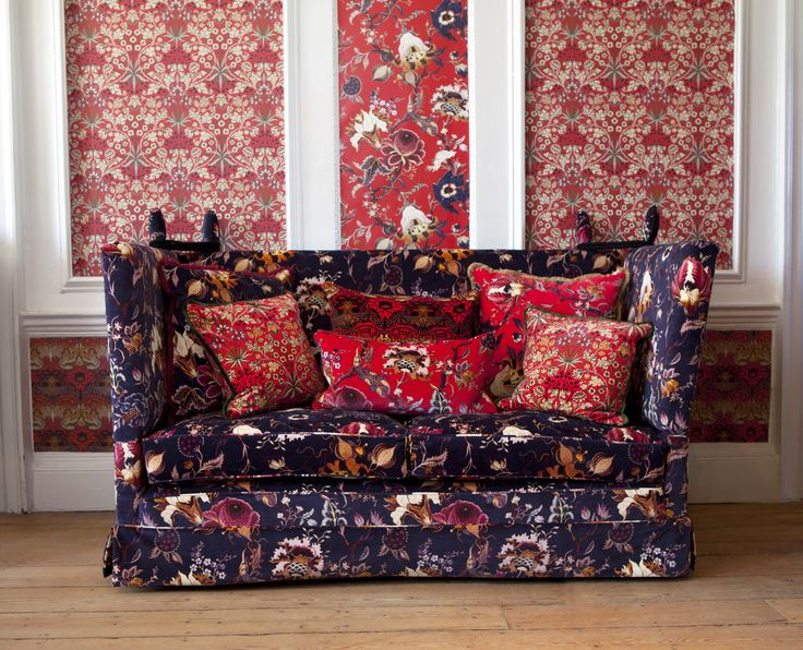 Part of the HOUSE OF HACKNEY x WILLIAM MORRIS AW15 collection: Artemis Scarlet Red Cushion http://www.houseofhackney.com/artemis-large-velvet-cushion-scarlet-red.html, Hyacinth Scarlet Red Cushion http://www.houseofhackney.com/hyacinth-medium-velvet-cushion-scarlet-red.html, Hyacinth Scarlet Red Wallpaper http://www.houseofhackney.com/hyacinth-wallpaper-scarlet-red.html, Peacock & Dragon Scarlet Red Cushion…