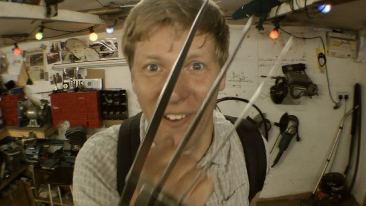Inventor Builds Homemade Wolverine Claws From X-Men That Extend and Retract at the Touch of a Button