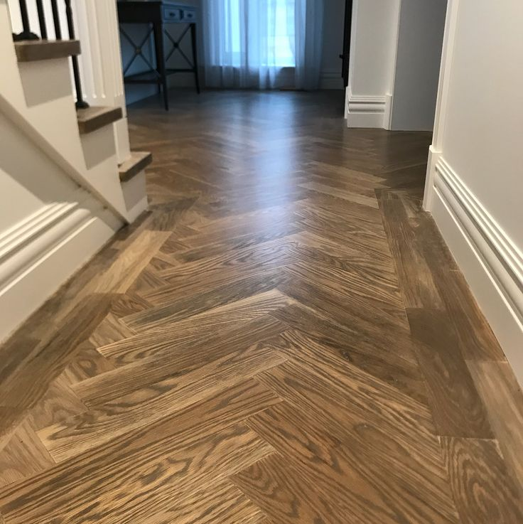 Went back to this job to do some magic on a chip in the staircase by the time we finished you would never know there was a chip in there at all- have a flick and youll see #macmagic#chiprepair#parquetry #repairs#floor#work#design #interiordesign #style #decor #highend #estate #house #home#building #construction #flip #architect #fss #loba#sandpaperplus #stain#colours#dream#oneday#motivation #transformation #custom#awesome