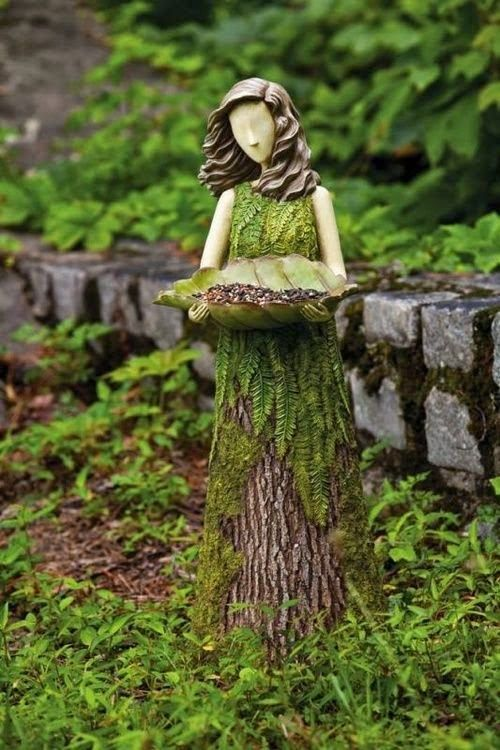 Transforming a tree stump                    Outdoor Areas