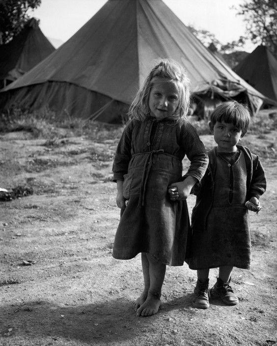 David Seymour  GREECE. Ioannina. 1948. Refugees from the civil war areas.