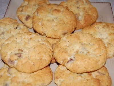 A sweet, crunchy biscuit that's always popular.