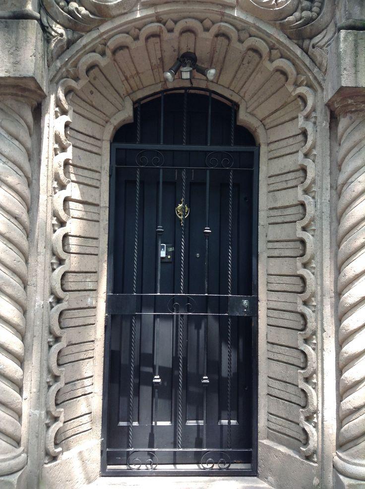 Puerta #92 Col. Condesa