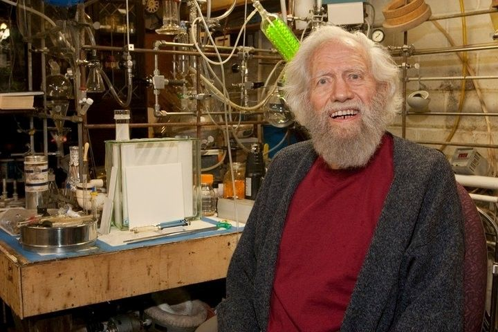 'Godfather of ecstasy' Alexander Shulgin dies at 88 The American chemist became famous for introducing MDMA and a host of other psychoactive...
