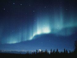 夏のオーロラを見に行こう! カナダで叶える夢の旅