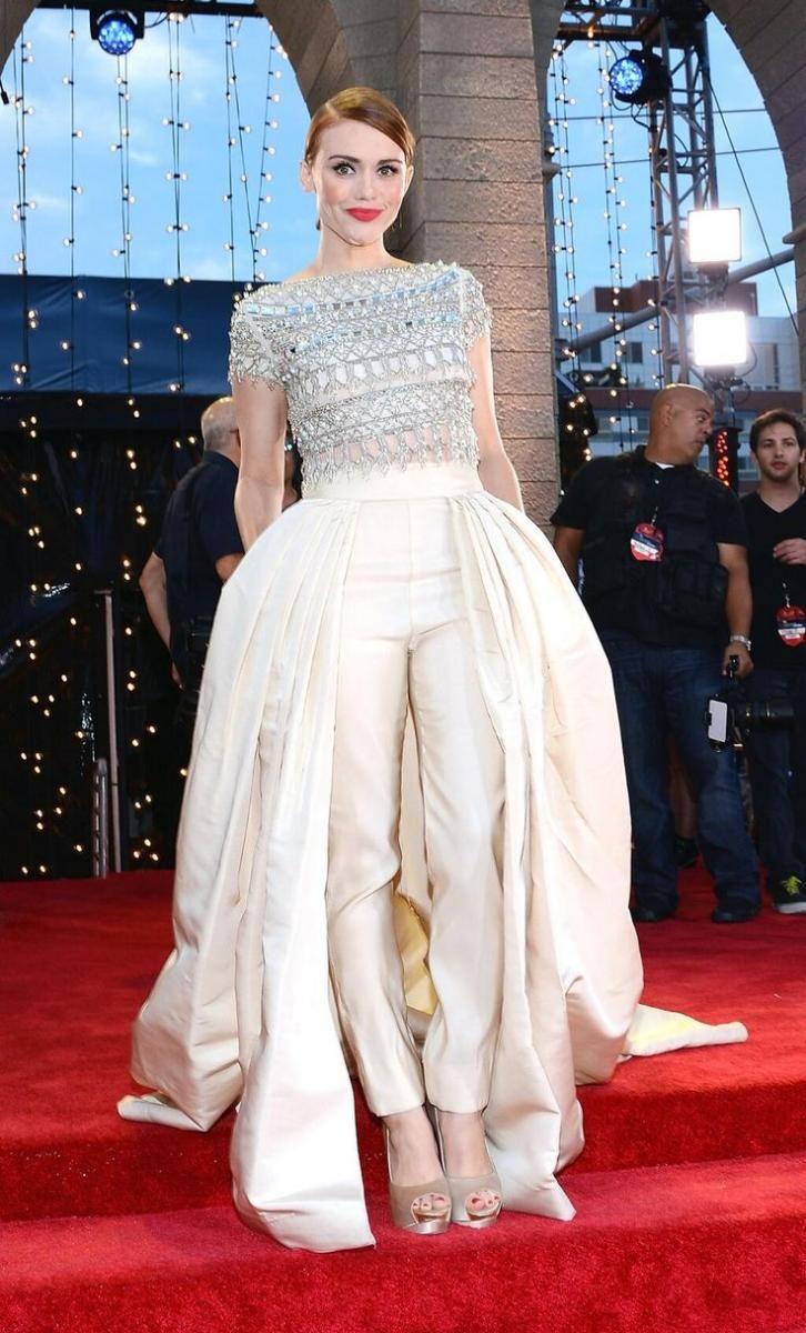 Bridal Fashion Trend: The Bridal Jumpsuit - Fashion - Tips