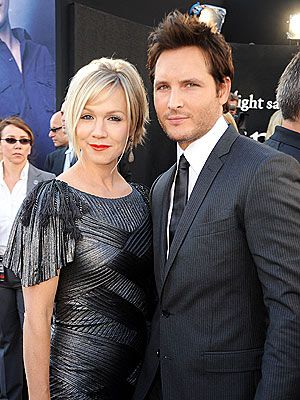 Jennie Garth & Peter Facinelli; whyyyyyy aren't they together anymore? they're so perfect together!!