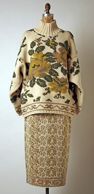Sweaters were large and bulky. They did not have a shape, and they would sometimes have a drooped shoulder line.