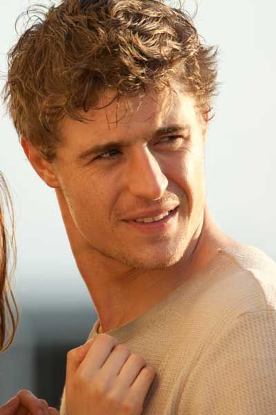 Max Irons The Host   Max Irons The host. King Edward in The White Queen.