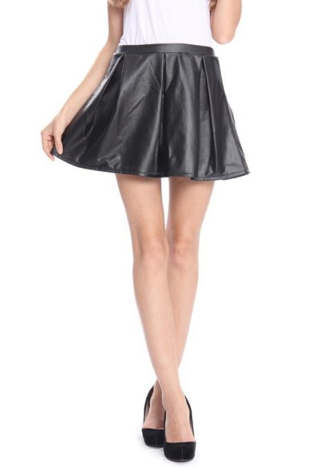 #skaterskirt #leather #black #miniskirt #springsummer13 #SS13 #trend #instorenow #musthave We are loving this skater skirt