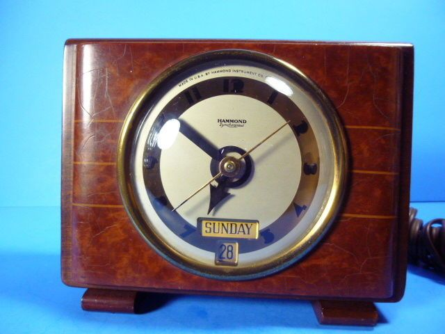 ANTIQUE HAMMOND SYNCHRONOUS ELECTRIC MANTLE,ALARM & DAY SPIN START CLOCK,WORKS