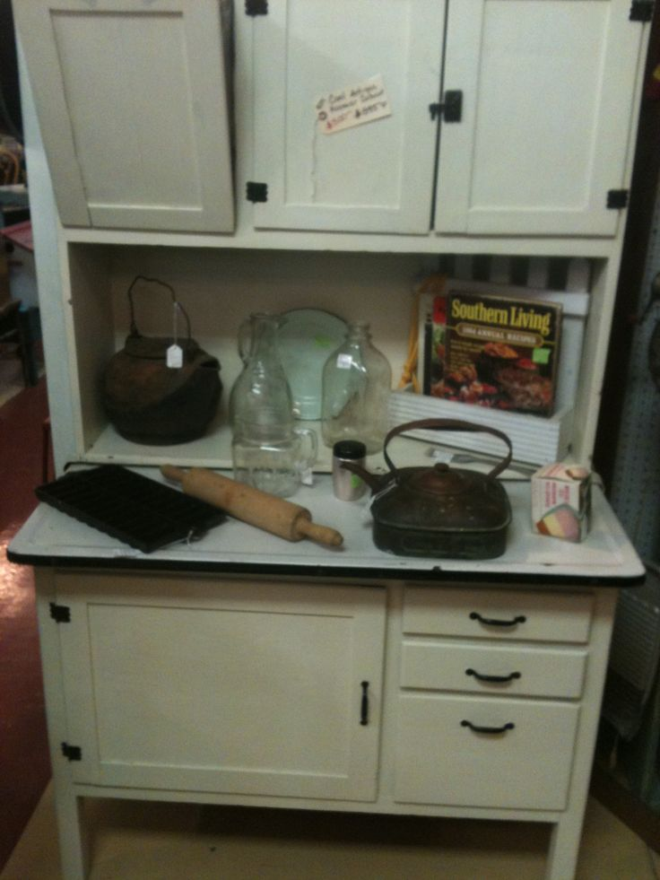 Antique hoosier cabinet with metal flour bin and metal for Antique white metal kitchen cabinets