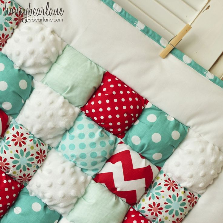 'Puff; Quilts! This is something new to me; a bit like a traditional Eiderdown. So cute.