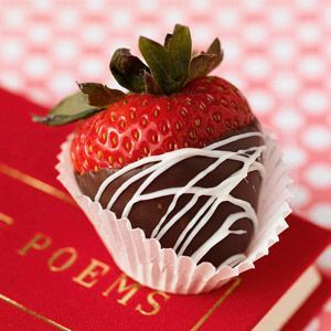 Receta fácil de fresas bañadas en chocolate como regalos para San Valentín