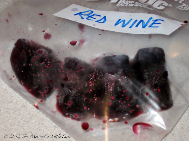 Freeze Leftover Wine for Cooking by twomenandalittlefarm #Cooking_Wine