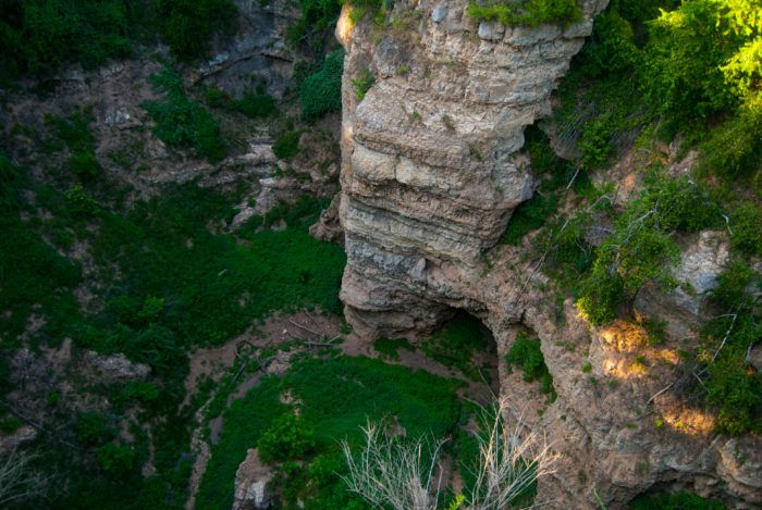 """Known as the """"Little Grand Canyon,"""" the 322-acre park draws its name from its stunning collapsed dolomite cave system in the Ozarks."""