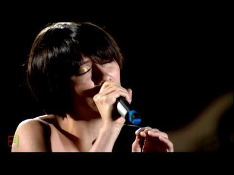 8.Performed by Elisa - ''Dancing''. ( Live in Tuscany ).