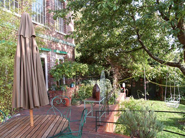 Les 25 meilleures id es de la cat gorie cuves d 39 eau de for Derriere les murs de mon jardin