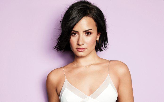 Demi Lovato Short Hair White Dress Hd Wallpapers Free Wallpapers Desktop Backgrounds Demi Lovato Hair Demi Lovato Short Hair Demi Lovato